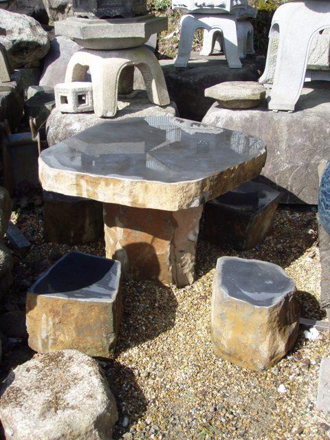 六方石テーブル (椅子4セット)